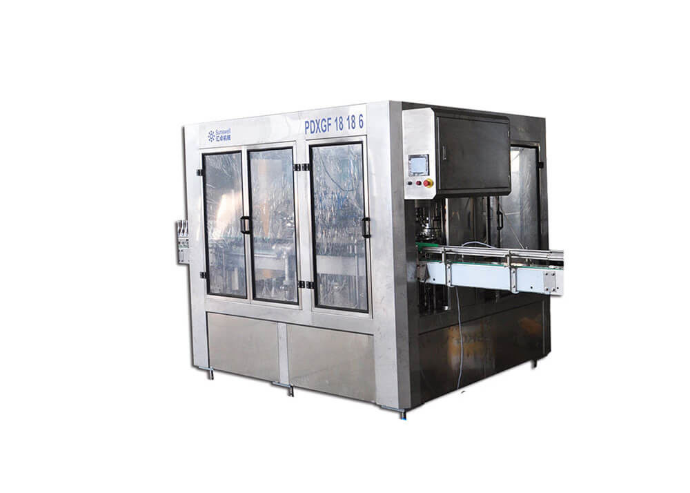 Glass Bottled Carbonated Beer Filling Machine Rinsing Capping 3 In 1 Packing Equipment